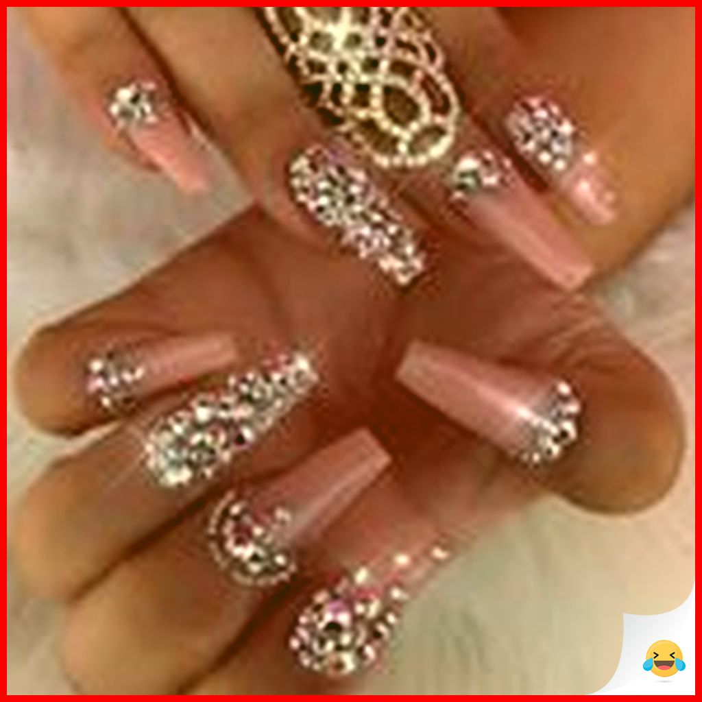 33 Elegant and Glamour Glitter Nail Art for Prom Party 16