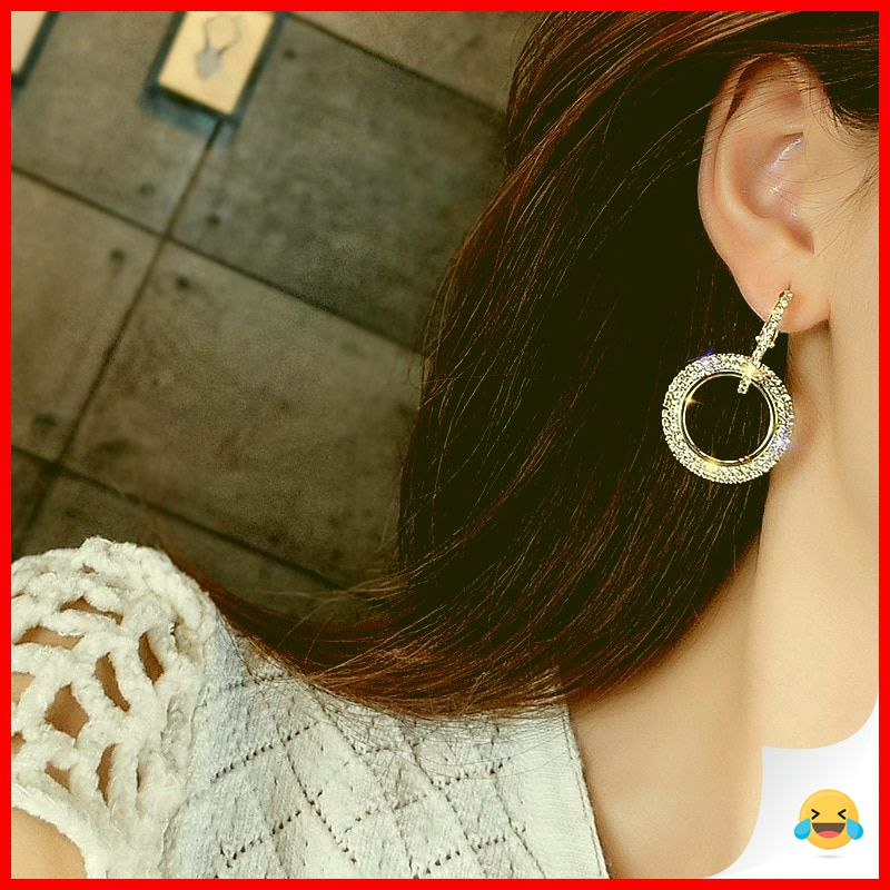 35 Charming Silver Earrings for Women aged 30th 16
